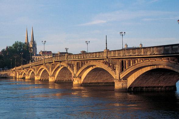 pont saint esprit quartier Bayonne